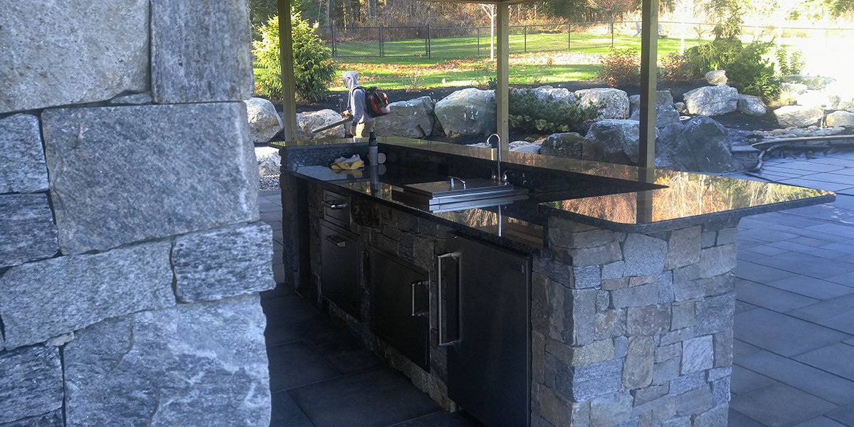 New Hampshire outdoor kitchen specialists